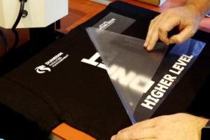 tecniche-di-personalizzazione-su-tessito-vinile-termoadesivo