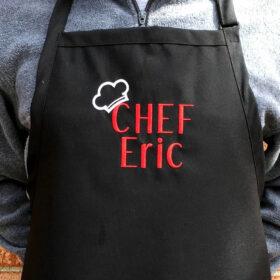 grembiule personalizzato con scritta chef e nome ricamato sul fronte